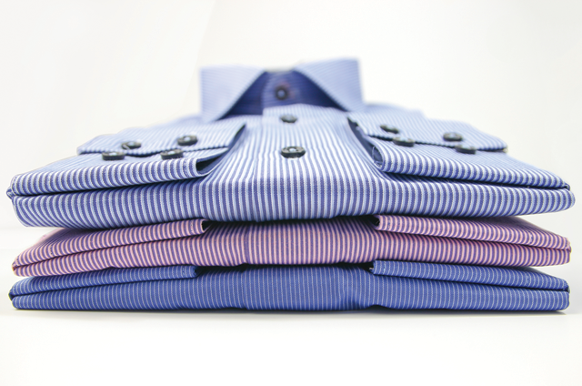Drycleaning men's shirts